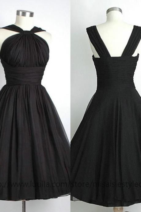 Knee Length Ball Gown Bridesmaid Dresses,Black Bridesmaid Dresses,Straps Short Bridesmaid Dresses,Vintage Straps Wedding Party Dresses
